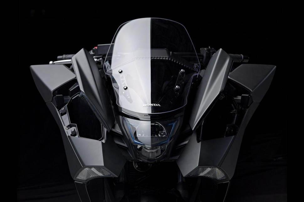 Honda NM4 Vultus_Geekswipe_Res_4