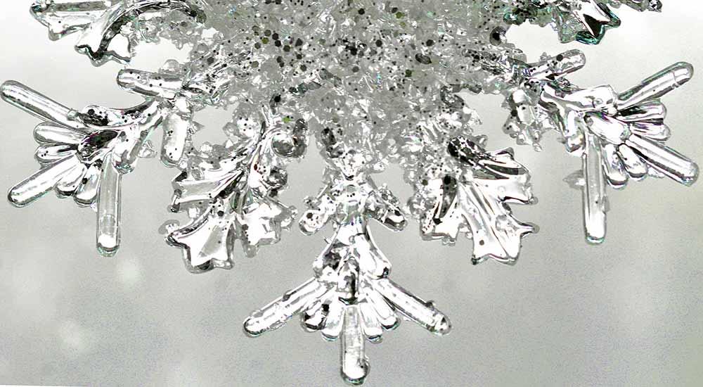 Close up photograph of a snowflake